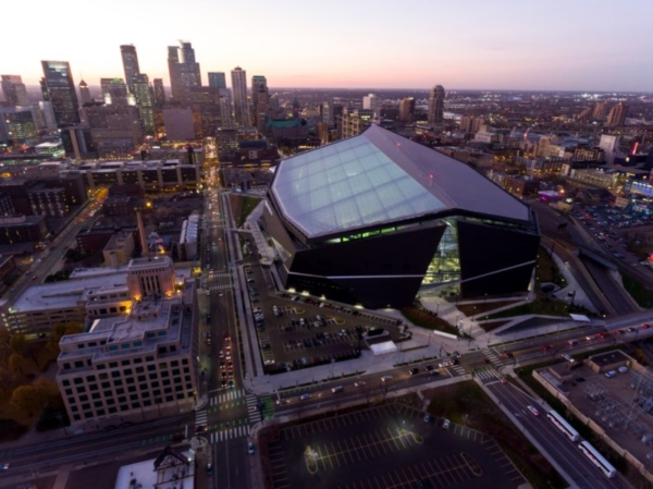 US Bank Stadium and Minneapolis skyline.