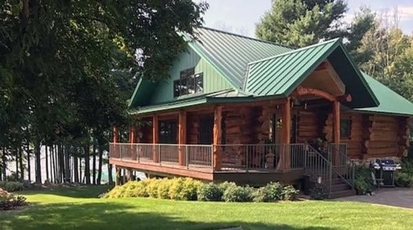 Lakeshore Cabin - exterior.