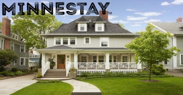 Vacation Home exterior. Text: Minnestay.