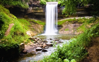 Photo of Minnehaha Falls, One of the Best Twin Cities Parks.